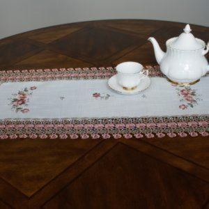 NEW Table or Dresser Runner SHABBY CHIC ROSE LACE